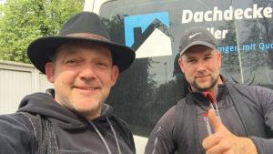Dachdeckermeister Sven Franke und Jürgen Müller